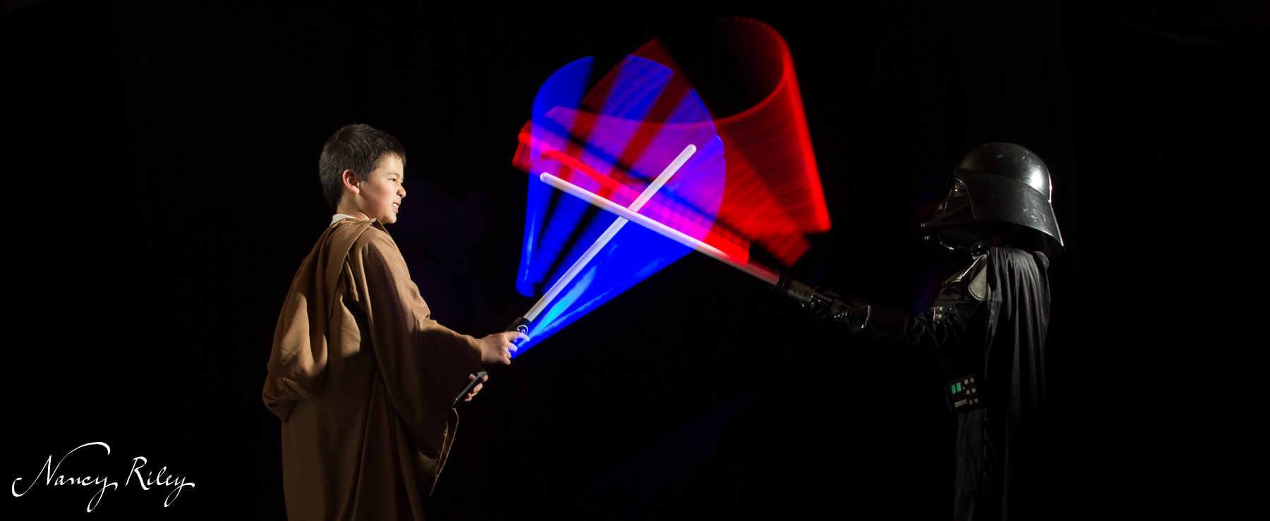 Lessons from lightsabers: timing the flash and focusing