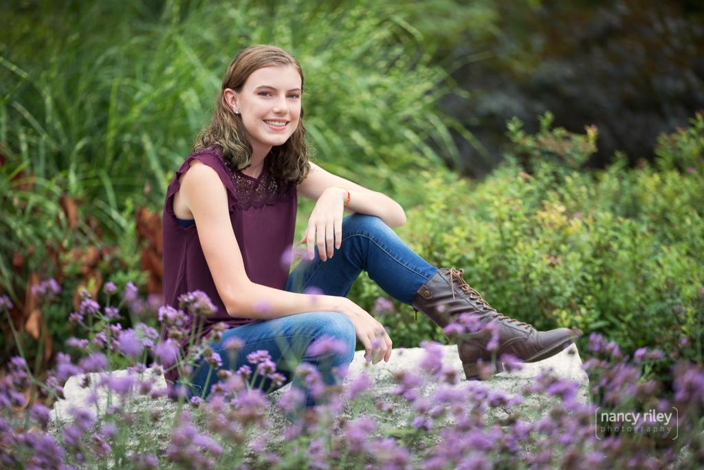 Senior girl at Glenwood Gardens
