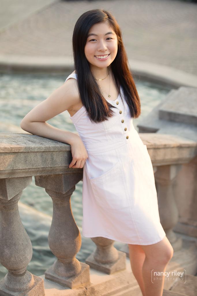 Senior girl at Ault Park