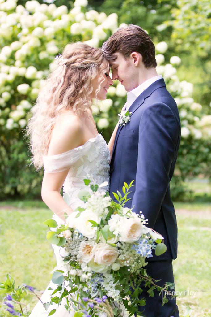 Marmalade Lily wedding